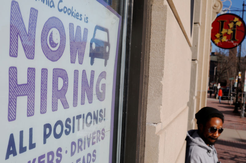 U.S. job growth seen accelerating, rate cut still expected By Reuters