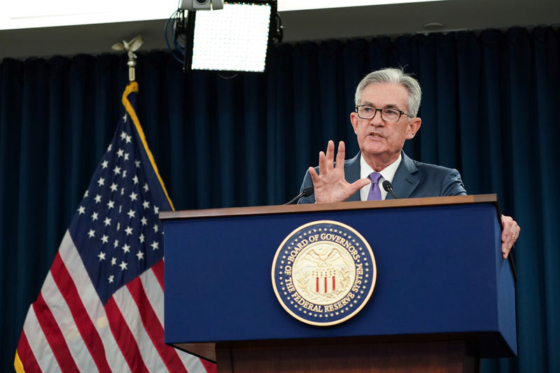 © Reuters. Federal Reserve Chair Jerome Powell holds a news conference in Washington